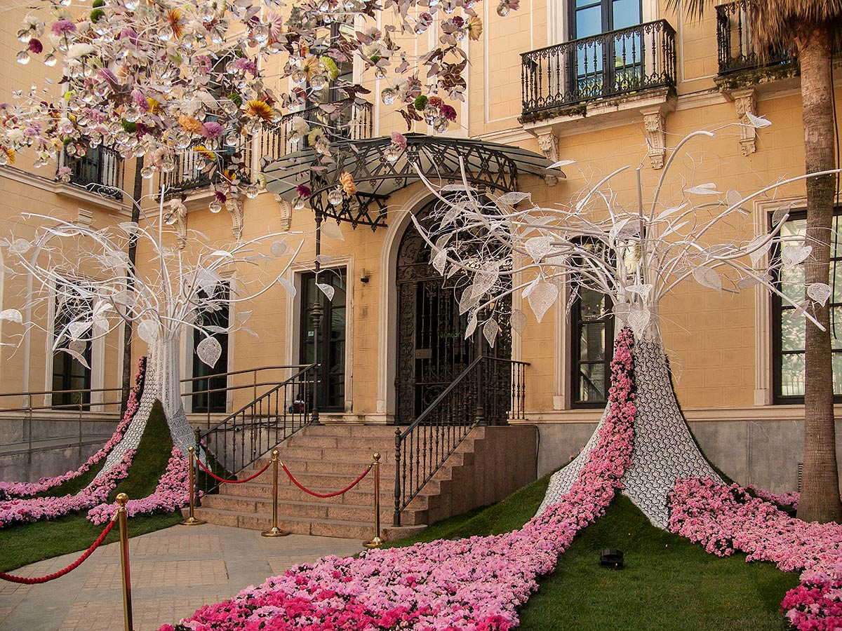 FLORA: First International Flower Festival